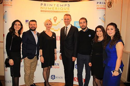 Vestel, Saint Benoît Lisesi 3. Uluslararası Dijital Bahar Konferansı'nda Ürünlerini Sergiledi
