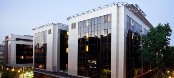 Amerikan Hastanesi Vestel LED'lerle aydınlatıldı