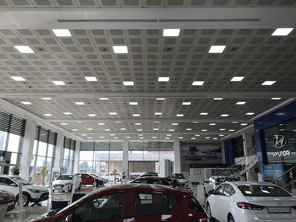 Hyundai Showroom Vestel LED Panel ile aydınlanıyor