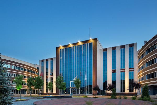 VESTEL LED Aydınlatma ürünleri ile Düzce Üniversitesi